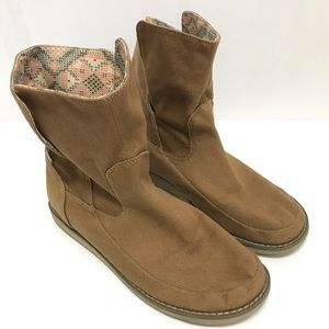 Sanuk Fold Over Ankle Boots Size 9.5
